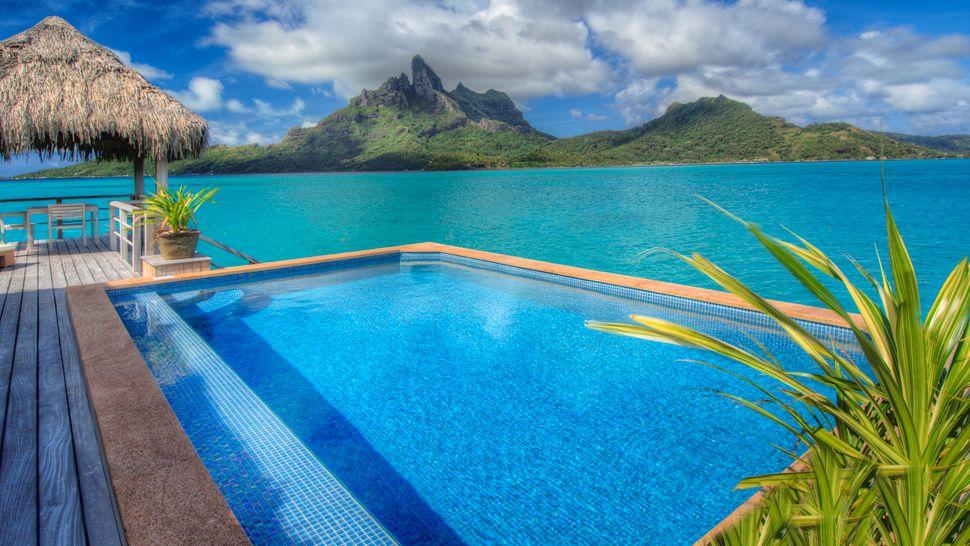 Passion For Luxury : St. Regis Bora Bora Resort