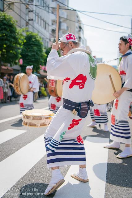 江戸っ子連、マロニエ祭り、心浮く素敵な鳴り物を奏でる締め太鼓の打ち手