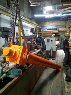Lowongan Kerja SMA,SMK,STM,D3,S1 PT Abdi Metal Engineering Jobs : Operator Milling, Operator Turning, Welder SMAW