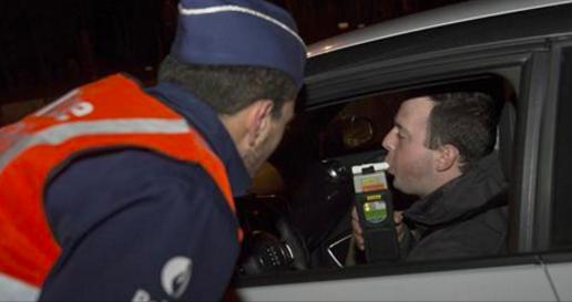 un ado de 15 ans arrêté au volant d'une Audi Q7: il a 15 ans