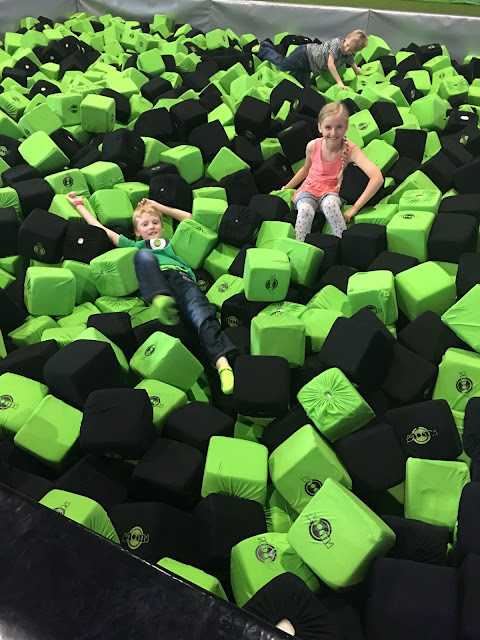 foam pit Flip Out Brent Cross