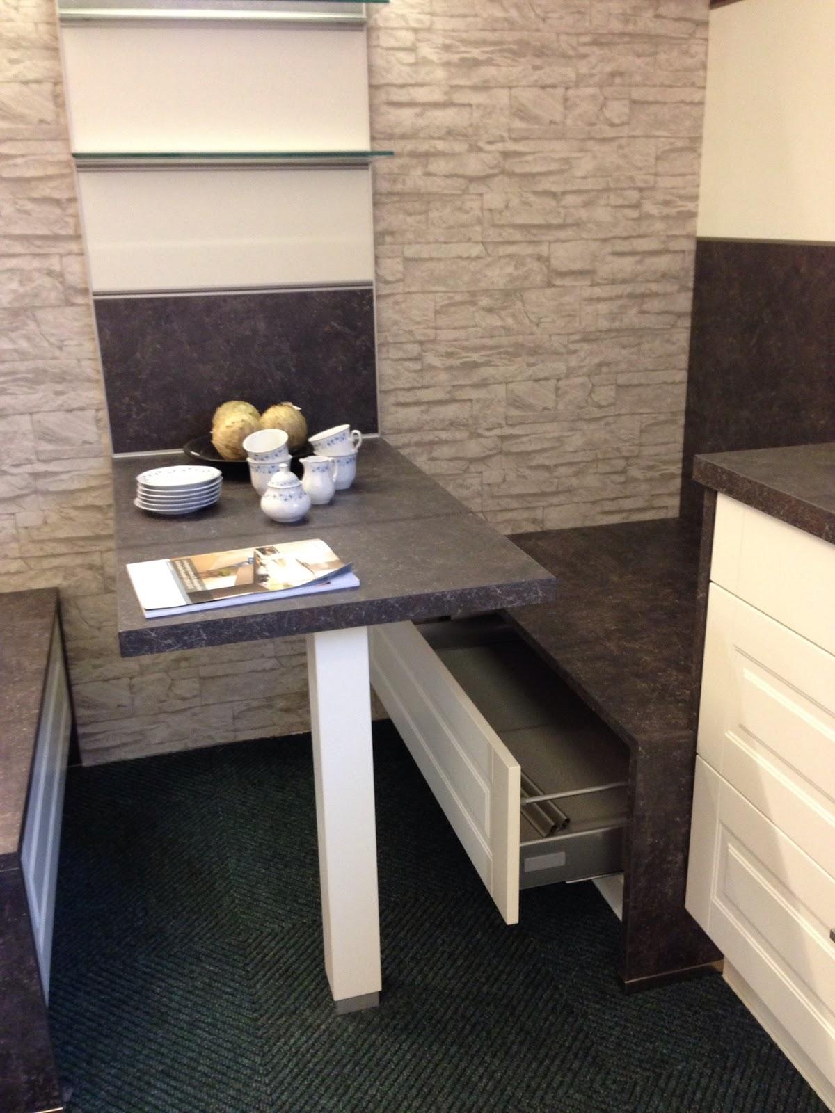 k chen galerie sande sitzm glichkeit in der k che. Black Bedroom Furniture Sets. Home Design Ideas