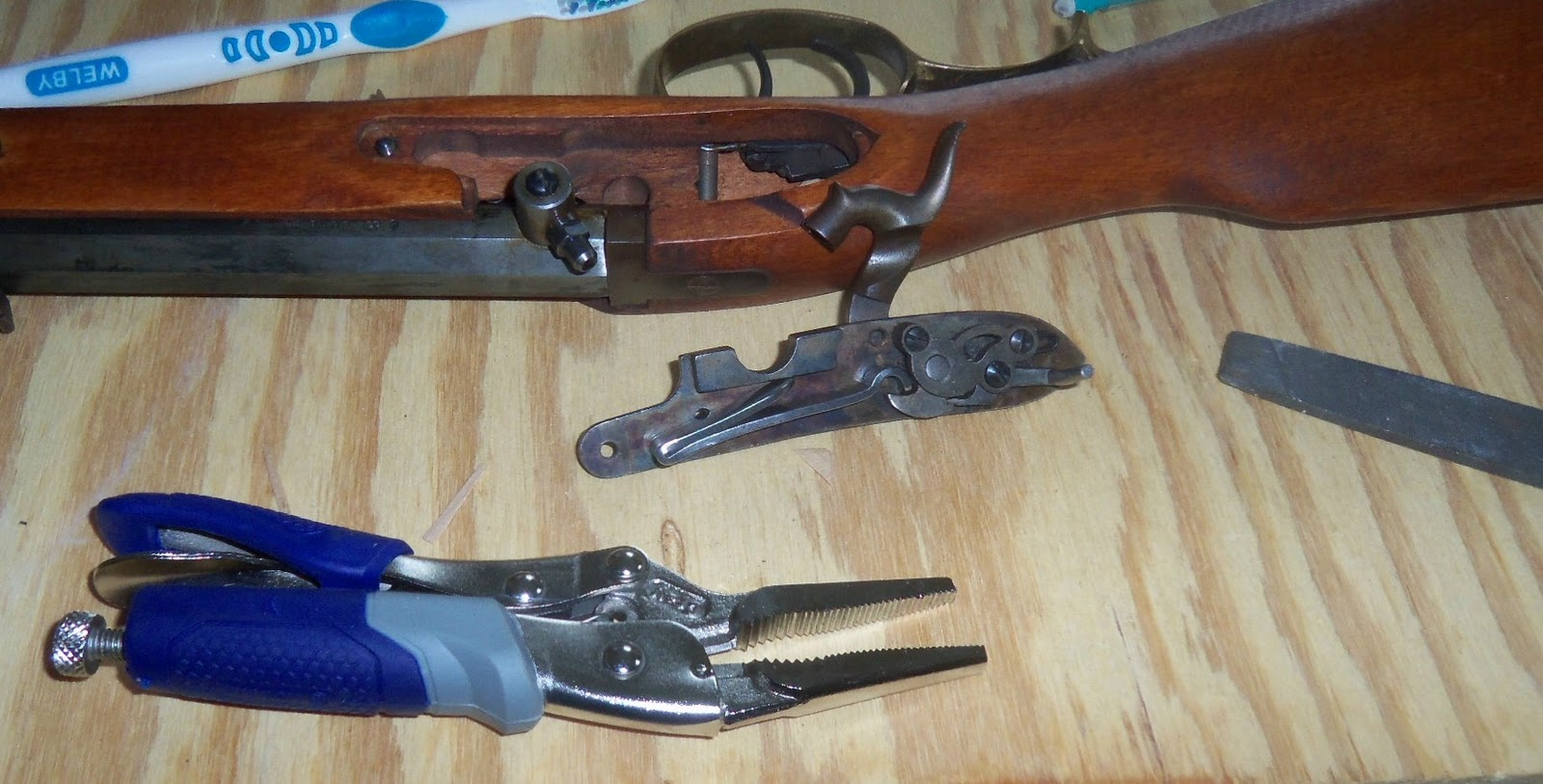 Woodsrunner's trail: The one hour gunsmith puts a new