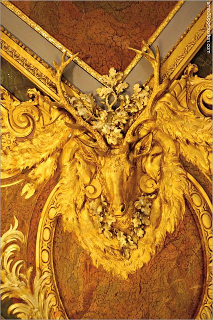 Cabeza de Ciervo en el Salón Comedor de Marble House, Newport