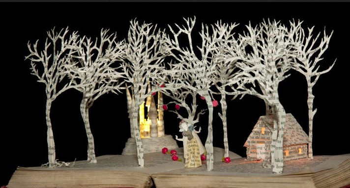 11-Snow-White-in-the-Woods-Su-Blackwell-Book-Fairy-Tale-Sculptures-www-designstack-co