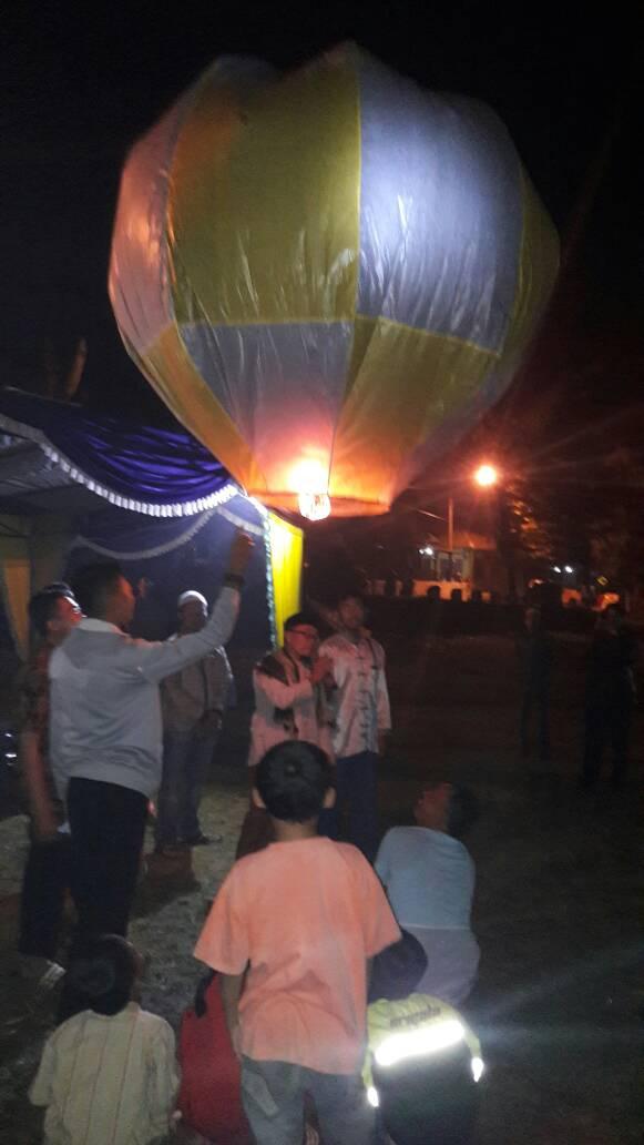 PSI ditutup dengan Pawai Obor dan Balon