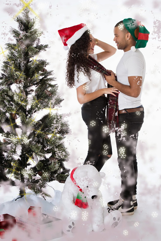 Couples Photography Shoots at Christmas.