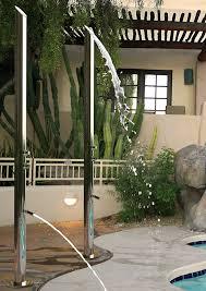 para el verano incorporar una ducha en la terraza es una gran idea