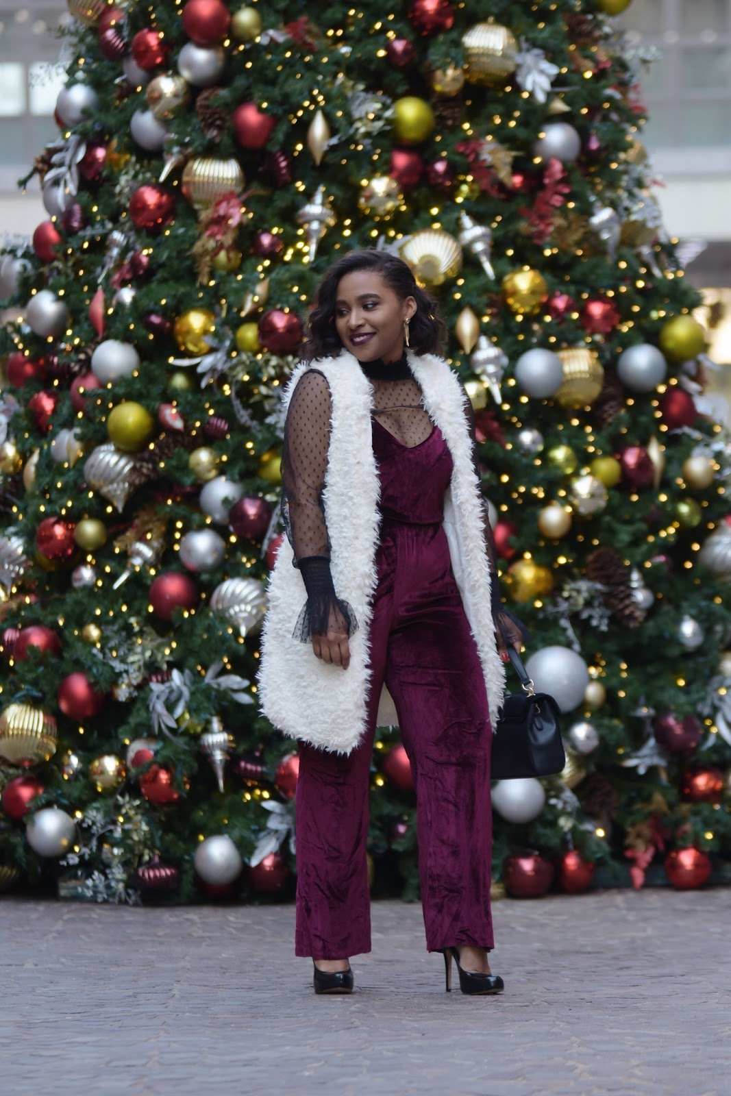 Holiday looks, holiday season, christmas looks, velvet trend