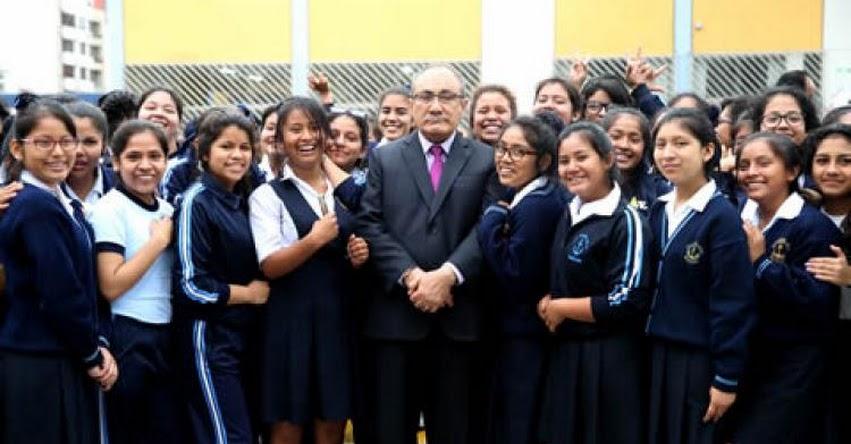 Ministerio de Educación gestionó 20 decretos supremos para mejorar salarios de docentes, informó el Ministro Idel Vexler - MINEDU - www.minedu.gob.pe