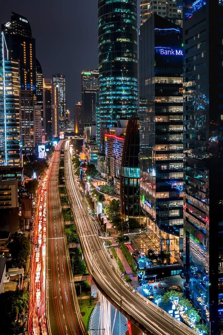 Gedung Jakarta Pada Malam Hari Fotografer Facebook