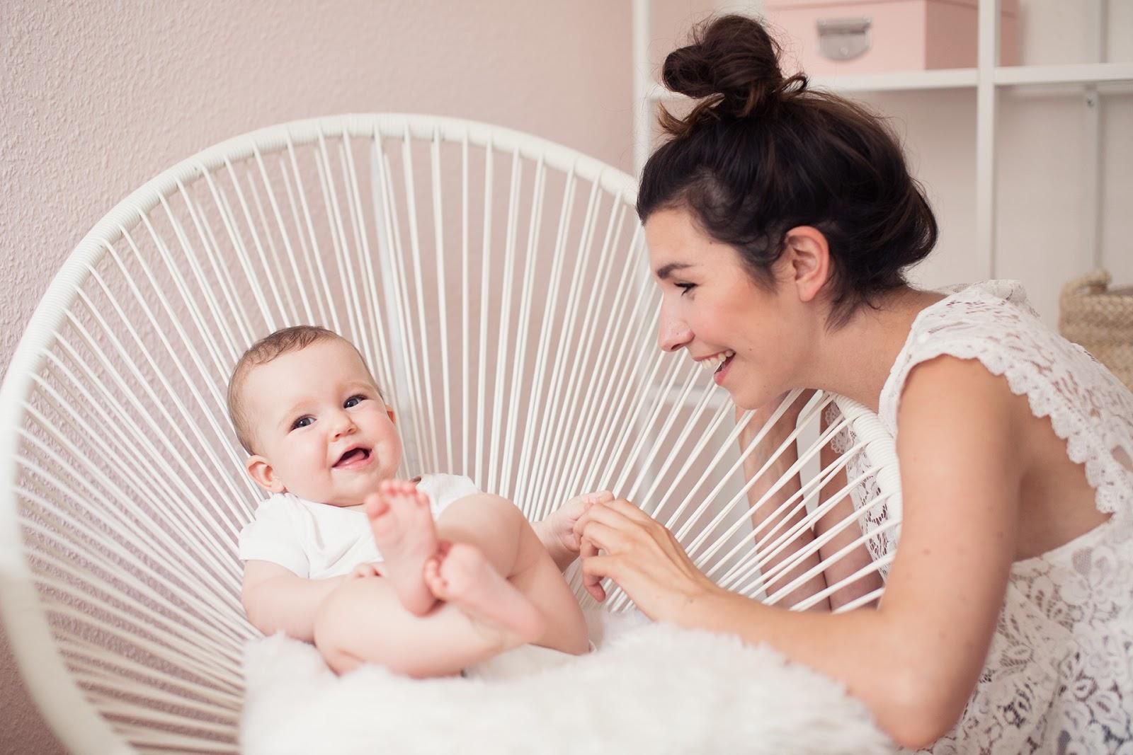 inlovewith we are moving 3 der umzug m nner mit geschmack tipps f r den umzug mit baby. Black Bedroom Furniture Sets. Home Design Ideas