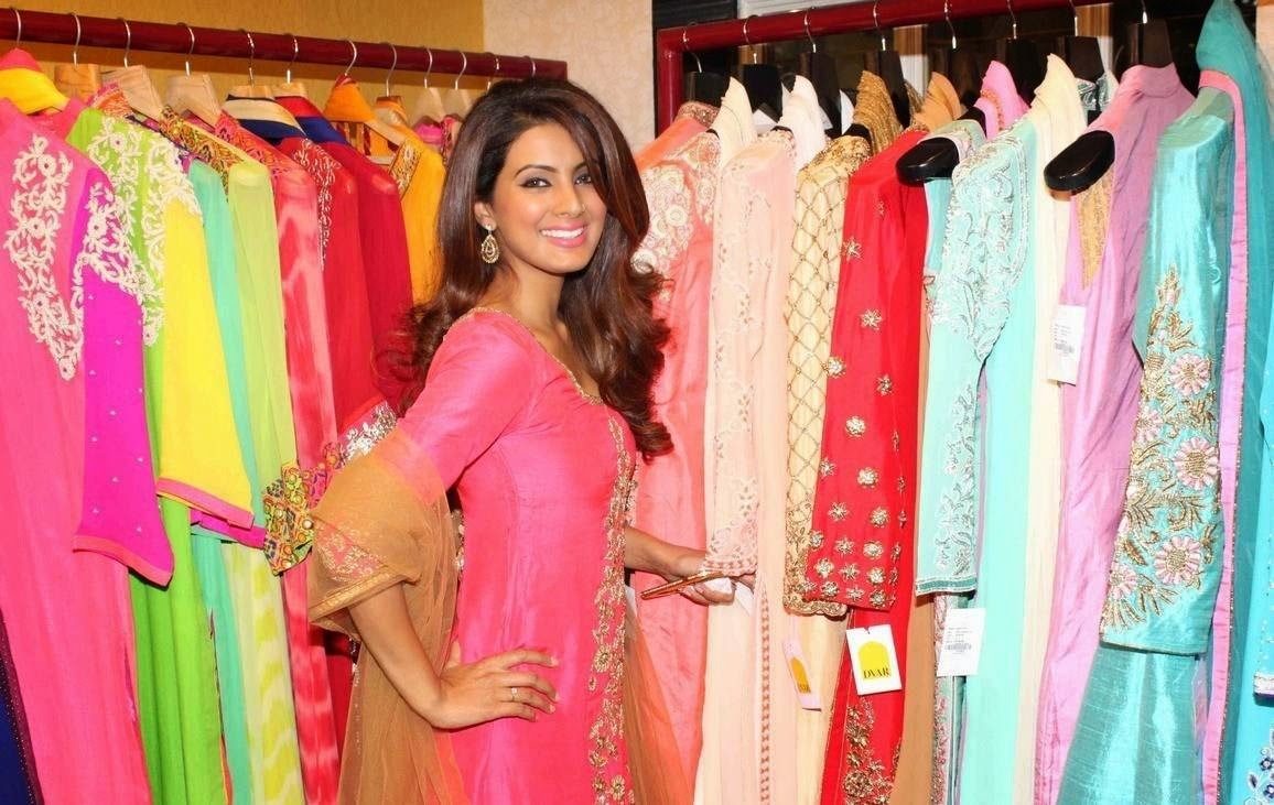Actress Geeta Basra Latest Cute Hot Spicy Photos Gallery At DVAR Fashion