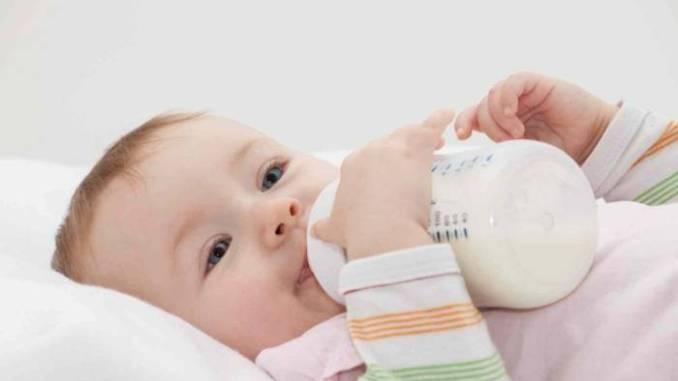 Tips Untuk Mengatasi Alergi Susu Sapi yang Dialami Bayi Anda