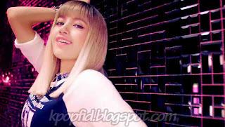 Foto Lisa Black PInk di MV Boombayah