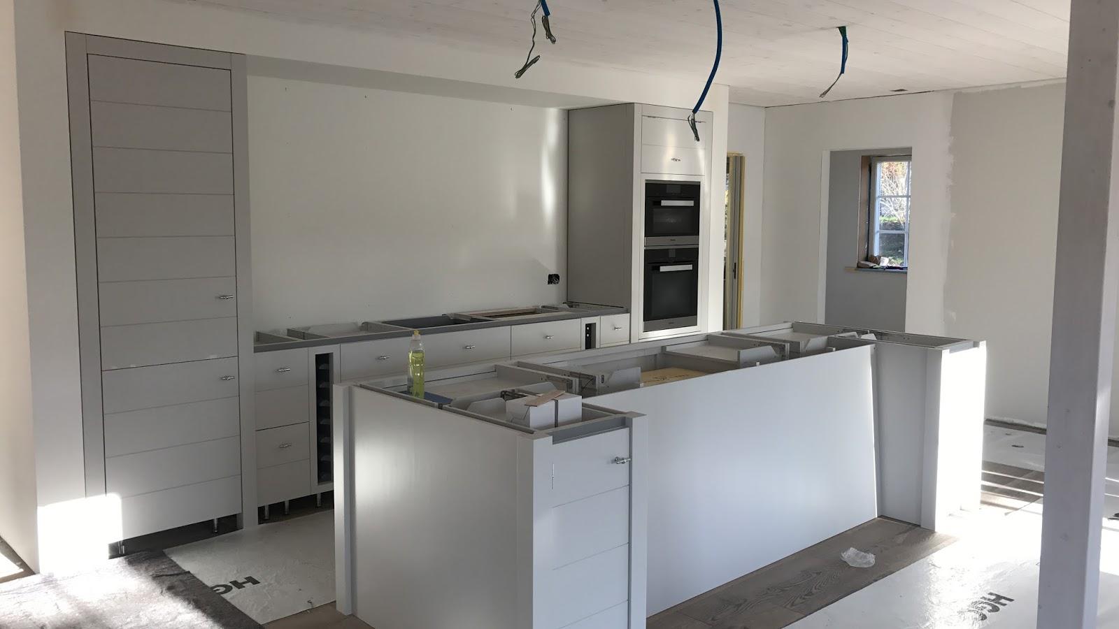 Einbau unserer Neptune Küche - Beachhouse Living