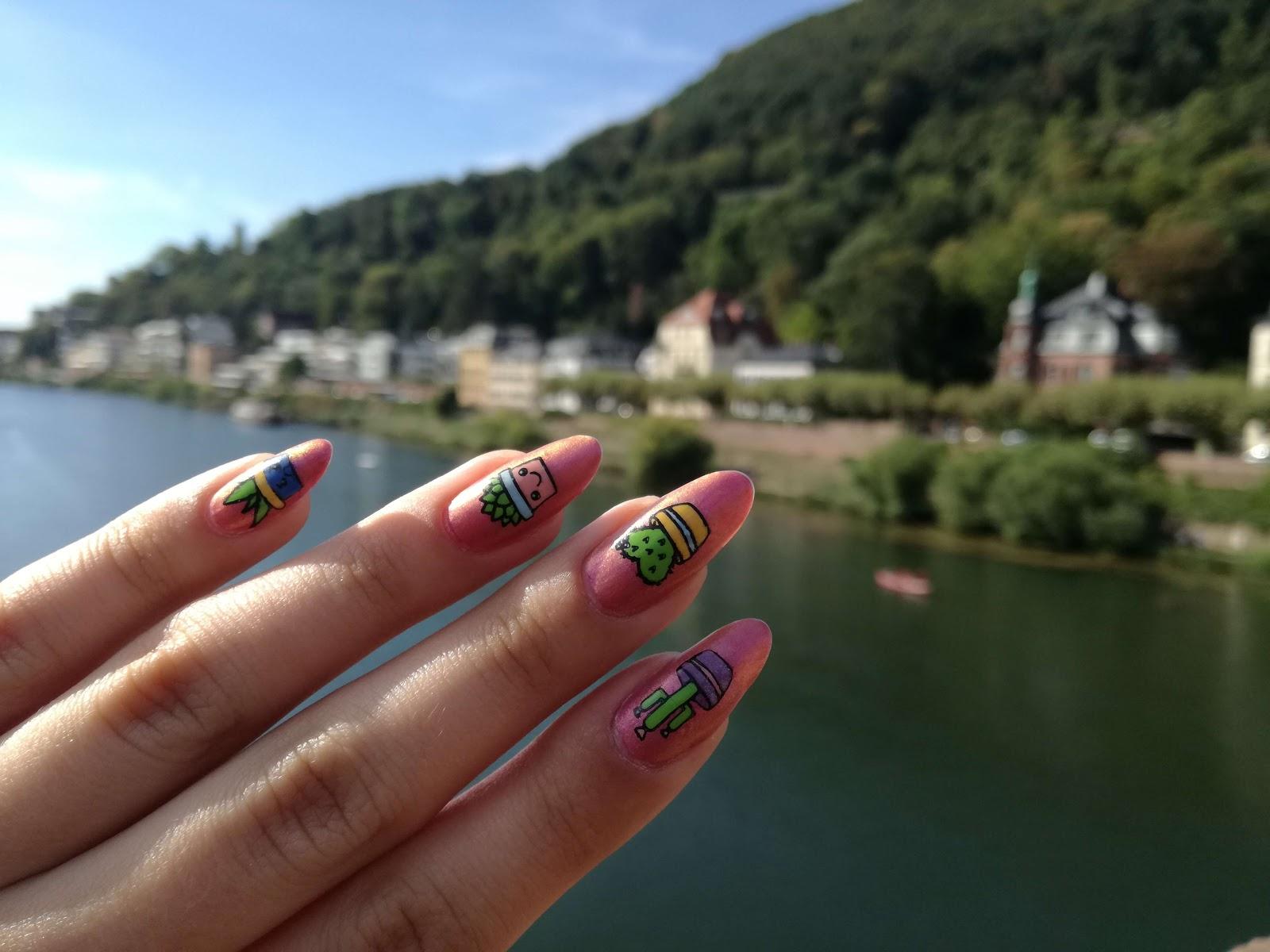 widok z Heidelbergu i kaktusowe paznokcie
