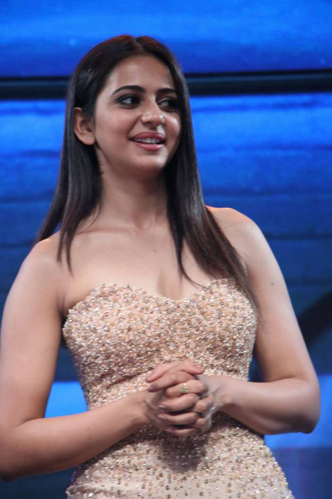 Rakul Preet Singh At Spyder Tamil Movie Audio Launch Stills