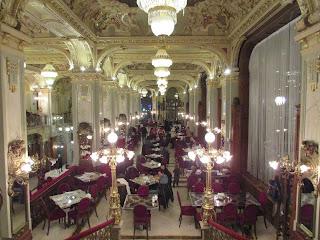 Cafetería del New York Palace 1
