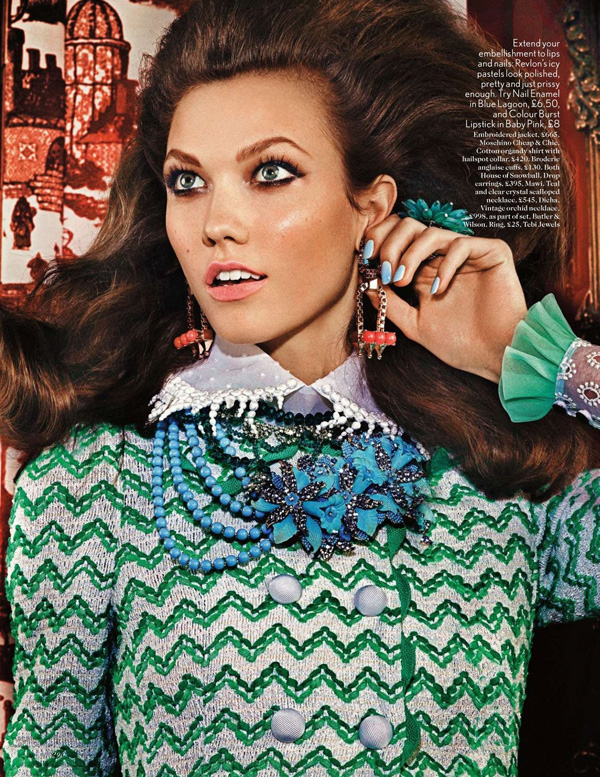 Karlie Kloss by Mario Testino for Vogue UK