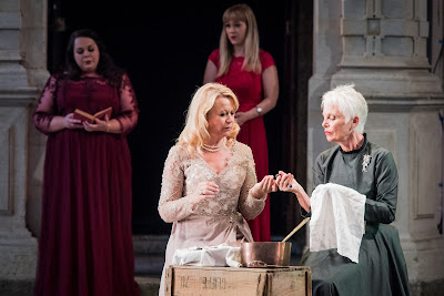 SWAP'ra gala at Opera Holland Park - Tchaikovsky: Eugene Onegin - Katharine Broderick, Angela Simkin, Amanda Roocroft, Fiona Kimm - (Photo Robert Workman)
