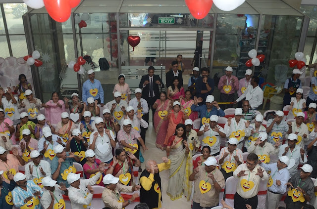 Kohinoor hospital's laughter therapy for heart patients on World Heart day brings cheer and good health