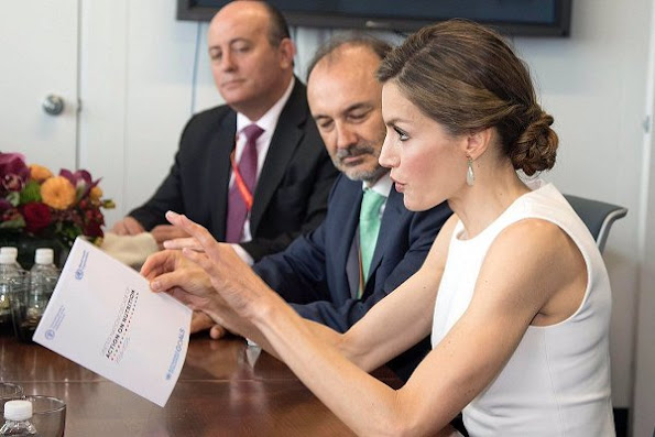 King Felipe and Queen Letizia visit Cervantes Institute In New York, Queen Letizia met withJose Graziano da Silva, Carolina Herrera dress, Hugo Boss