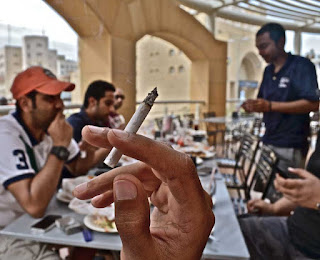 Inilah Alasan Kenapa Kamu Harus Berpikir Ulang Sebelum Kamu Meminta Seorang Perokok Berhenti Merokok!