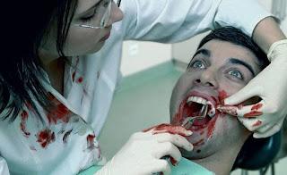 Dentista sacó todos los dientes a su ex novio por venganza