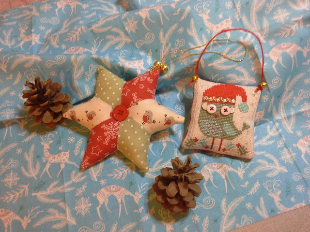 fabric star pattern from Helen Philipps.  owl cross stitch pattern by Durene Jones.