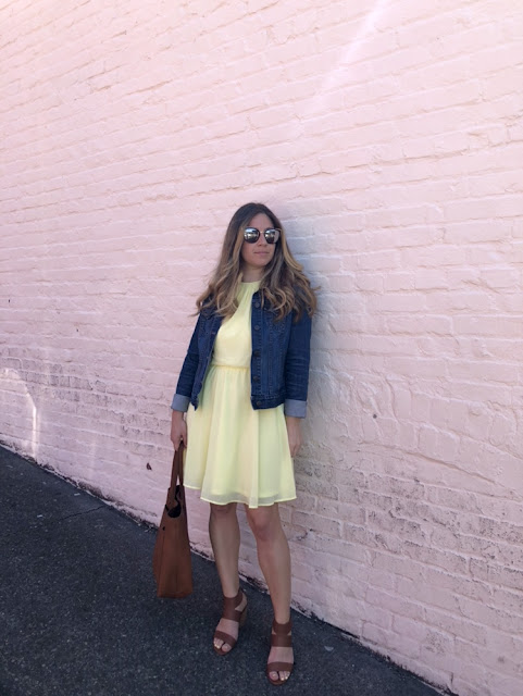 Lush Skater Dress with denim jacket and madewell tote at Pike Place Market Seattle