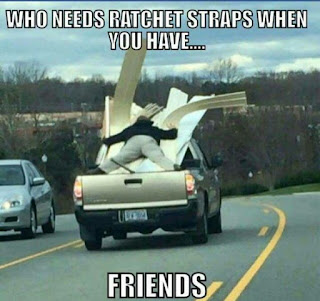 funny pictures, friendship, friendship pictures, guy on back of truck