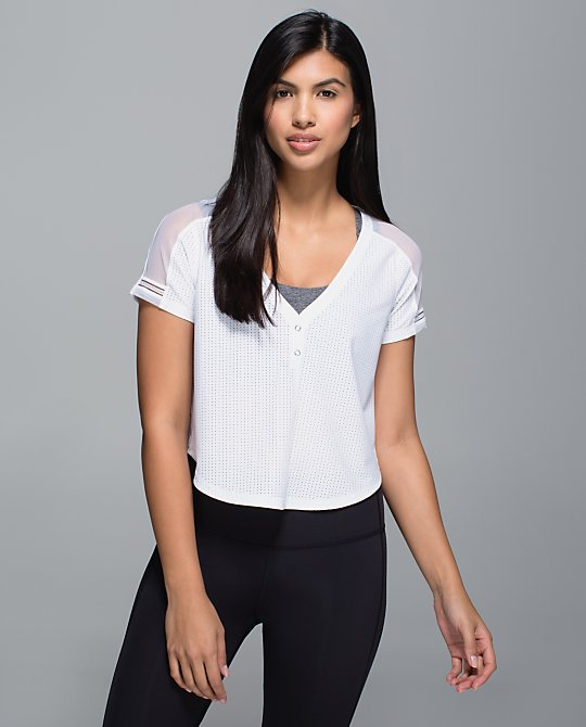 lululemon-var-city-cropped-jersey