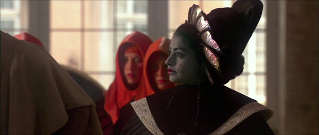 Screen Shot Of HOllywood Movie By Star Wars Episode II Attack of the Clones 2002 Download And Watch Online Free at Movies365.in
