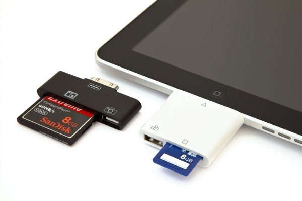 iPad CF and SD Card Readers