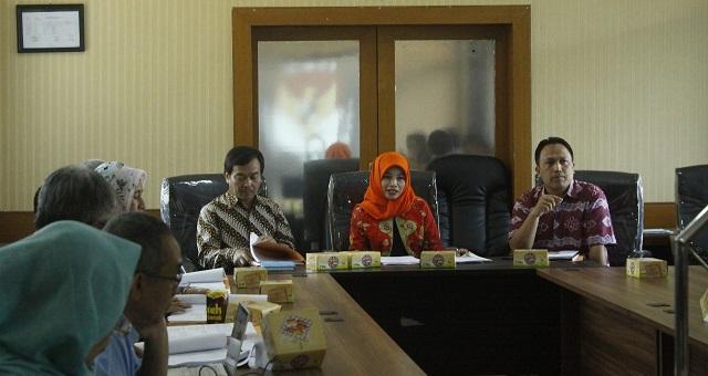 Debat Kandidat, Diharap Menjawab Persoalan-persoalan Jawa Barat