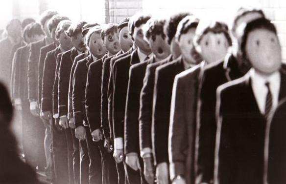 La escuela se ha consolidado en una fábrica de adoctrinamiento estatal / CAPTURA FILM THE WALL