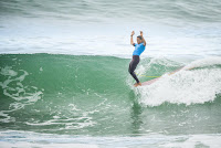 9 Alice Lemoigne Longboard Pro Biarritz foto WSL Damien Poullenot