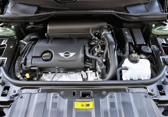 2017 MINI Cooper Countryman Engine