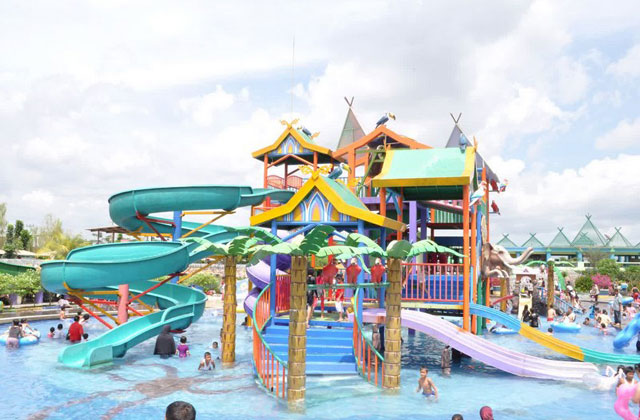 Waterboom Maarif Garden