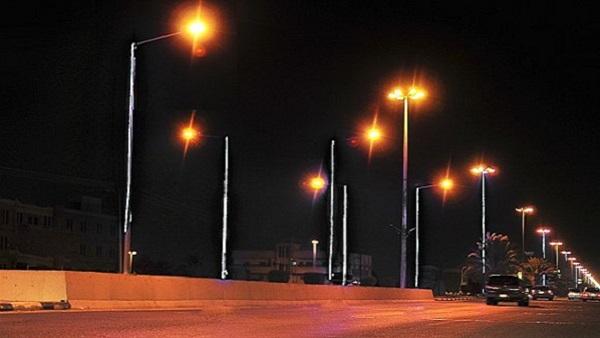 مدينة تارودانت تعيش مايشبه الظلام، والسبب ضعف إنارة مصابيح شوارعها فمن المسؤول؟؟