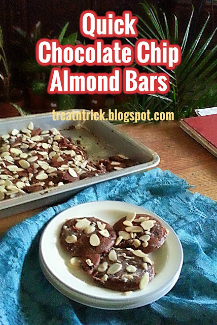 Quick Chocolate Chip Almond Bars Recipe @ treatntrick.blogspot.com