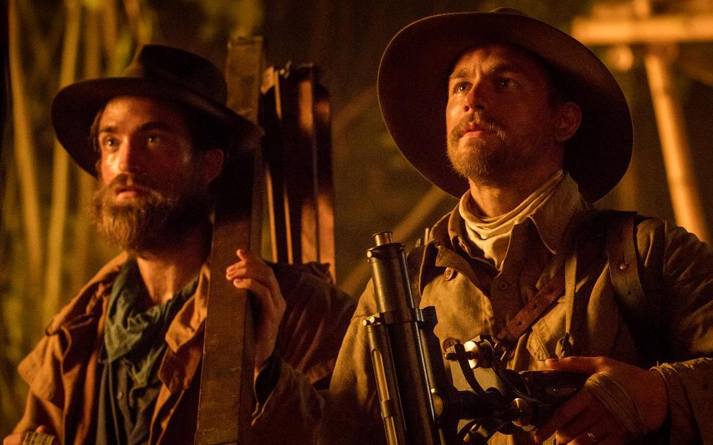 """Charlie Hunnam e Robert Pattinson no trailer de """"Z: A Cidade Perdida"""""""
