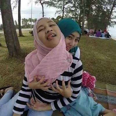 http://www.critaseks.com/2016/10/main-dengan-gadis-berjilbab.html