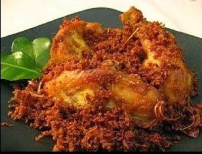 Resep Ayam Goreng Ukep Serundeng Lengkuas yang Maknyusss