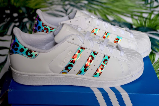 Adidas: Superstar with Iridescent Animalier details - Review