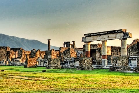 10 Tempat Wisata Terbaik Di Italia