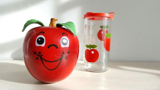 pomme-jouet-culbuto-fp-vintage