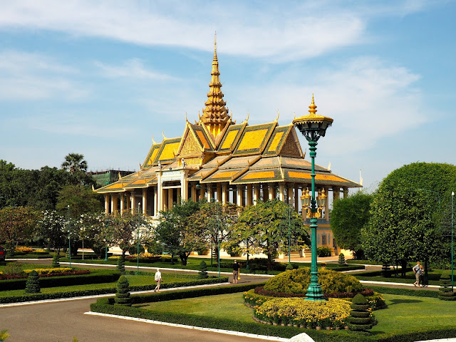 Building in the Royal Palace complex in Phnom Penh, Cambodia