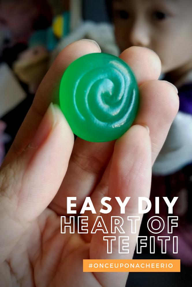 DIY Moana's Heart of Te Fiti Rock Oyumaru Plastic Clay